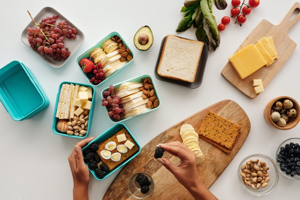 This image shows that start with what we call mini meal prepping. Pack today's leftovers in tomorrow's lunchbox and see what are the food groups you like, what kind of textures you prefer.